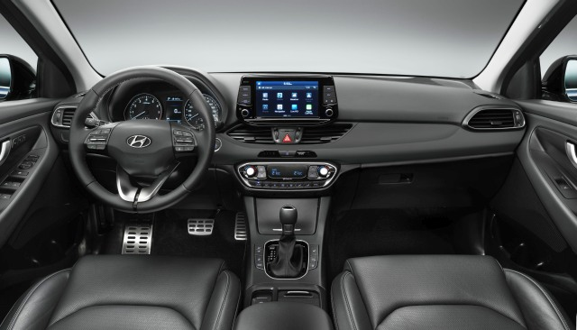 hyundai i30 interior 2 black